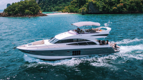 Motor Yacht Charter Phuket: Princess 60