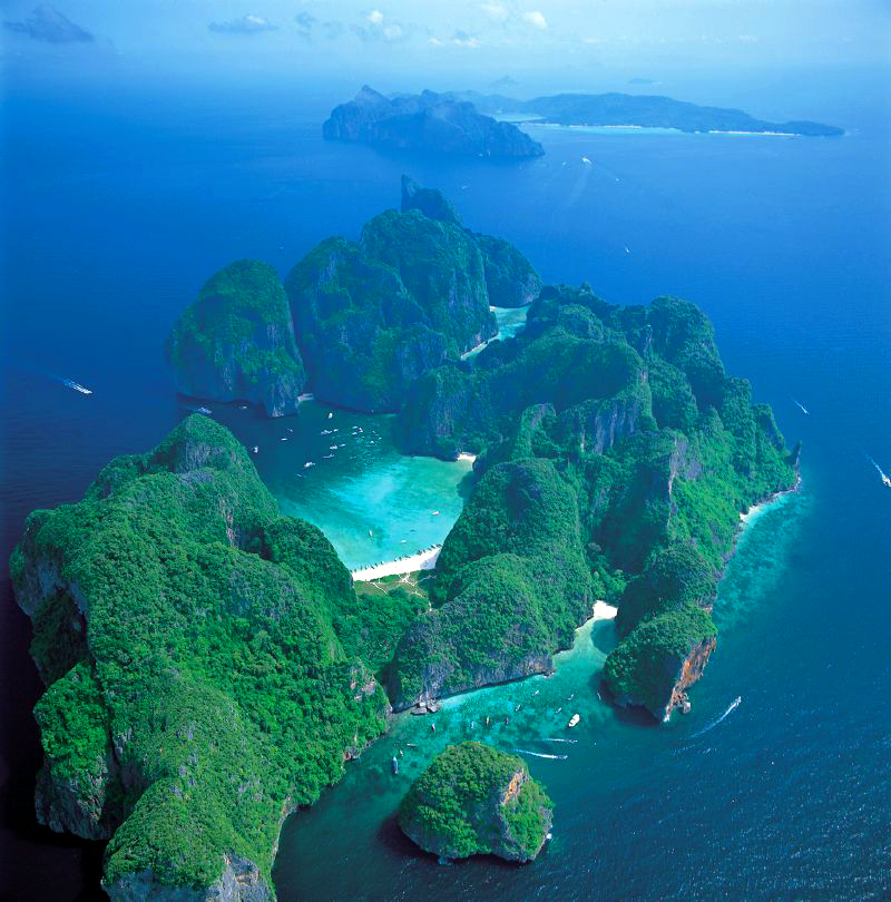 Phi Phi Island Village: Phi Phi Islands Private Yacht Charter