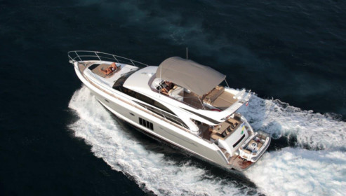 Motor Yacht Charter Phuket