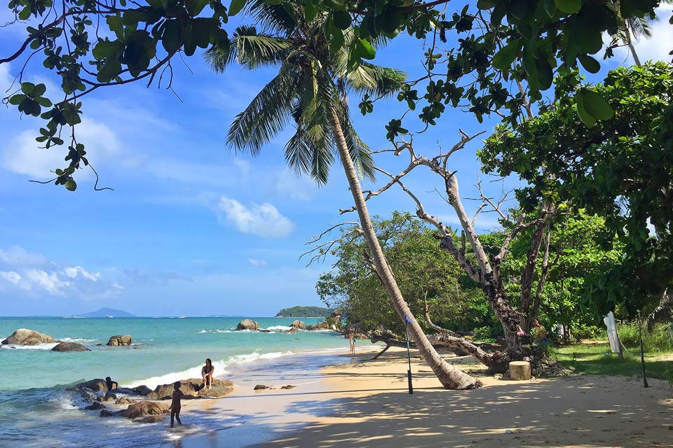 10 Quiet Beaches in Phuket Best to Visit by Boat - Boat in