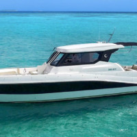 Private Yacht Charter Phuket: Silvercraft 36HT