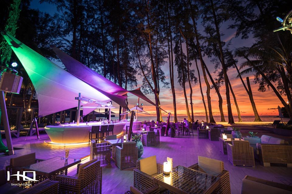 HQ Beach Lounge: beach restaurants in Phuket