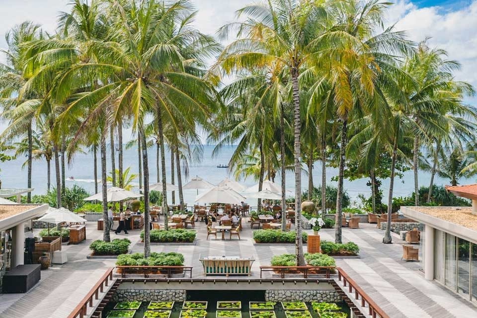 Trisara: beach restaurants in Phuket